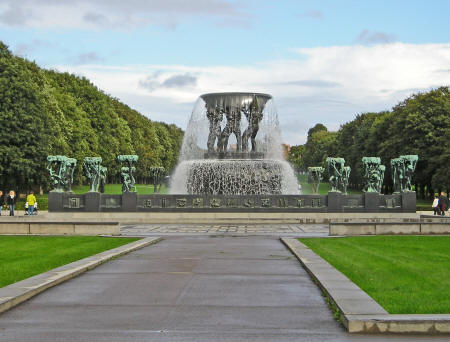 Vigeland Fountain in Oslo Norway